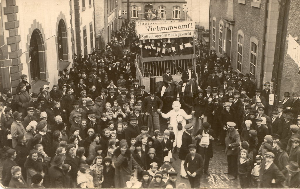 Karneval in Hillesheim im Jahr 1928. Foto: Verein